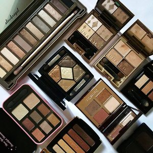 Every girls had their favorite eyeshadow colors! Mine was obviously Browns/Neutrals!! 💖💖 Clearing my old pictures as I am changing my phone! 😙😙 Have a great day everyone, or rather a Good Night at my side! 💕💕 #clozette