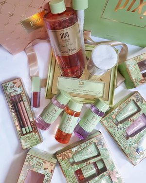 Counting down 2 days to Christmas!! 🎄🎄 Get your last minute Christmas shopping with @pixibeauty Holiday Collection!! ❤️❤️ My favourite recommendation from #PixiBeauty is definitely their all time best selling Pixi  Glow Tonic!!! I do love their Rose Tonic too 🌹🌹 . Head down to @sephorasg now for your last minute gift purchasing! 😘😘⭐ . . . . . #clozette