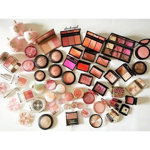 Found a very old picture in my phone. These are my blushers stash ❤❤ (About 3 years ago??) 😜😜 My stash had definitely expanded more than what you see here!! 💕💕 I am still pretty much a blush junkie till now, are you?? 😆😆 #clozette #makeup