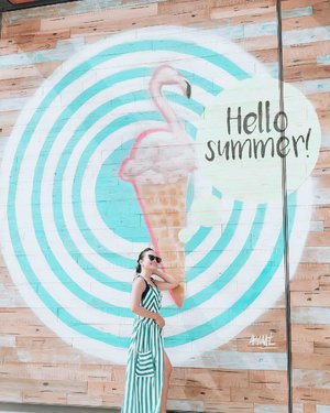 Saying hello to summer once more because I'm sooooo excited for my upcoming beach trip this weekend!! ❤️✨ Btw, I have a new video in my channel that I hope you can watch & support! 🤣❤️ Haha link on bio!!! #hkristinetravels #clozette