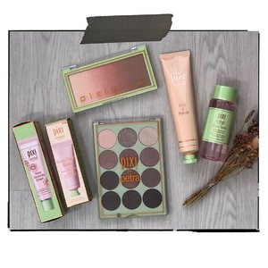 Time to sprinkle some @pixibeauty love! I'm giving away all these to a follower. Ensure that you are following @pixibeauty and me, like this post and tag a friend(1 friend per tag as I'll be using random generator and I don't want to miss anybody out. Please ensure that you tag your own friends too). Repost this on your IG story or post for additional chances too. This is open only to resident residing in Singapore. Giveaway ends on 15/07/19.  #mandalogygiveaway #amandaADVERTS