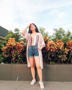 I miss these late windy afternoons 🌅Anybody else feel that undeniable consequence of climate change? (aka really hot summers and unpredictable weather)top: thriftedshorts: from a small kiosk 👀kimono: @fudgerockphshoes: @kedsph...... #pinayblogger #outfitinspirations #outfitgoals #outfitstyle #pilipinasootd #outfitofthedayph #stylecollective #whatiamwearing #clozette #fashionlivesonootd #bloggerinspo #imwearing #petiteblogger #bloggerdiaries #dailystyle #stylecollectivefollow #createandcapture #prettylittleiiinspo #gltlove #creativesontherise #seeksimplicity #liveunscripted #thatsdarling #postitfortheaesthetics