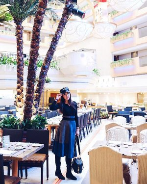 Cap 🧢 on, heads up, chin up and rock the day. Nothing is too much or too impossible for you to handle.  Time in #HongKong was way too short. The place has become my second home. Just back and already missing it.  Photo was taken at the dining place in our lovely @royalgardenhotel.  #SharonInHongKong #royalgardenhotel