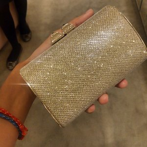 Gold Digger #jimmychoo #clozette #clozetteID #clutch #bag