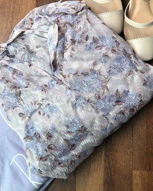 超粉嫩的碎花上衣!爱死了这个粉紫色🥰🥰🥰 ᴸᴼᵛᴵᴺᴳ ᵀᴴᴵˢ ᴺᴱᵂ ᴮᴸᴼᵁˢᴱ . . . . . . . . . . #igdaily #koreanfashion #koreastyle #fashion #fashionblogger #clozette #instastyle