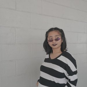 Pugsley Addams vibin. Fashion and Pyshique-wise. 😂 Looooove my Lennox sunnies in nebula, by the way! Feeling like a 90's baddie. Check out @sunniesstudios' kiosk at Robinsons Place Iligan G/F. So many frames to hoard!!! #Clozette