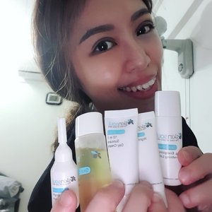 Hello peeps I'm back!!! It's Dec. How are you preparing for the up and coming festive season? I'm preparing my skin to look my best by using Skinsoul. Skinsoul is a high-end skincare and cosmetics company established in 2015 by Dr Jo'sLab. The ingredients used by SkinSoul are 100% paraben and lead free, withno artificial chemical additives, mineral oils and animal-derived ingredients using the mostnatural ingredients!  What I like the most are that the products contains a variety of anti-oxidants called Chalcones which has the following effect on our skin which I felt it too!  o Anti-allergic  o Protect UV damage  o Anti-bacterial  o Regeneration o Anti-oxidant o Blood circulation o Anti-inflammatory  o Prevent infection  Visit my blog: https://ivianathui.blogspot.com/2018/11/sample-store-x-skinsoul-skin-shield.html?m=1  to learn more about the products and how you can redeem your own free sample too!  @skinsoul_official @SampleStore . . . . . . . . . .  #clozettebloggerbabes #clozette #potd #iviareview #iviaadvert #SkinSoul, #SkinShield #comehometoyourself #ontheblog #SampleStore