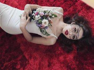 Last day of October. Happy Halloween! Trick, Treats or Me? 🎃 xoxo P.s: The Halloween makeup effect is Via app 😜 . . . . . . . . . . #clozettebloggerbabes #clozette #potd #lotd #womenofinstagram #womeninframe #photoshoot #chasingportraits #portraits #photography #happyhalloween