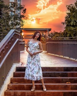 Above all else, guard your heart, for everything you do flows from it. - Proverbs 4:23 . . Running #orangeqiyunz on my feeds now but couldn't wait for a orange sunset so I PSed my own sunset in 🌅 Swipe to see original photo and more. Gorgeous dress from @myfairladysg . . . . #nkhair #ootdsg #sgootd #punggol #singapore #orangesunset #clozette #ootdfashion #whitedress #sgblogger #sgfashionblogger #summer #wednesdaywisdom