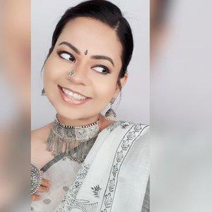 Thank you for the Love for this look!  #clozette #clozetteco #starclozetter #indianblogger #indianbloggertrendz #biggboss3tamil #biggbosstamil3 #madaboutmatte #biggboss3 #biggboss #sgyoutubers #sgig #sgbeauty #sgbeautyvlogger #indianmakeup