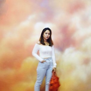 Yup, never let the chance to pass on having an ootd shot with the clouds. #clozette #clozetteco