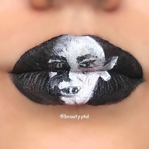 {Nosferatu}⁣ ⁣ I'm obsessed with black and white pieces!!⁣ ⁣ @beauty.fye suggested Elizabeth Bathory aka countess Dracula aka the lady who allegedly bathed in the blood of servant girls...so I decided to do a look of the iconic vampire Nosferatu. ⁣ ⁣ I have not watched the movie...but I'm sure even if you haven't you would recognize him! I only found out his name when my high school teacher said he (or me?!) was becoming Nosferatu from lack of sleep. Lol.⁣ _____⁣ Help me tag @jeffreestarcosmetics @jeffreestar ⁣ ⁣ Velour liquid lipstick in weirdo and drug lord⁣ _____⁣ #clozette #jeffreestarcosmetics #velourliquidlipstick #liquidlipstick #lipart #lipartist #nosferatu #vampire #blackandwhite #creativemakeup #makeupinspo #wakeupandmakeup #underratedmuas #sgmua #norvina #nycbeauty #blazin_beauties #undiscovered_muas #undiscoveredmakeupart #jeffreestarprlist #thelist #abhprsearch
