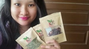 Wake up with me. How to brew your Hi-Tea Dried Fruits and Dried Flowers.  With 18 types of flowers teas to choose from for unique aromatic fragrances.  Visit : www.Hi-Tea-Boutique.com for more information.  #HiTeaBoutique #dryflowerstea  #dryfruitstea  #morninglover  #tealover  #syafierayamincom  #blogger  #mommyblogger  #BloggerMalaysia  #Clozette  #clozetteambassador  #BeautyBlogger  #Malaysianblogger  #ClozetteBloggerBabes