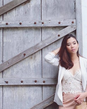 Cream and lace #clozette #ootd