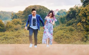 Babe, we need to start doing some actual running / exercise soon 😅 ..once my fracture foot and your inflamed knee tendon recovers #jialat - Shot by @hellogreyvan! Check them out if you're looking to do a photoshoot or PWS yeah. Highly recommended. Quote my name for more jokes during shoot 😂 PS Not sponsored, I paid hor . . . . . #clozette #coupleootd #coupleshoot #ootdsg #stylexstyle #lookbooksg #oo7d #igaddict #igers #instadaily #instacouple #sgfashionistas  #FashionAddict #fashiondiaries #ootdfashion #ootdsocialclub #sgfashion #sginstagram #peoplescreative #visualsoflife #exploresingapore #sgphotoshoot