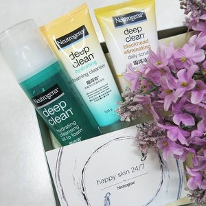 It's hard for me to make decision to choose which are the best to my skin from this @neutrogenamy deep clean series as 3 of its has did a good job on cleansing 😣 However my answer would be this cleanser (swipe to left) and please stay tuned to know why I will prefer it 😜💕 #NeutrogenaBeautySquad #NeutrogenaMY #NeutrogenaHappySkin