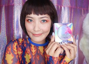 I finally got this famous and holographic  packaging and for you to see my full review, please click the link in my bio. They said that it is the best cushion, but I am a