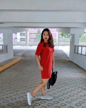 Dressing like an ang bao this cny #cnyootd #初一 #ootdsg #sgfashionweekly #clozette
