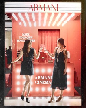 Red alert: Fav. photo of bff & I of all time at the #ArmaniCinema. @armanibeauty has rolled out their red carpet today! @robynsparkles_ and I managed to try their new limited edition Lip Maestro #400 and My #Armani to Go Cushion. Ps the pop up is at ION Orchard L1 till 29th July 😍shout out to the 💯 @bam_visuals for directing this shot! Sneak preview of the pop up in my stories #armanicinema