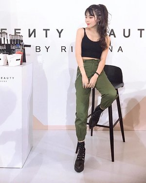 #throwback, party/workshop for @fentybeauty✖️✖️ --- Something exciting to share on my ig stories - check it out to find out more 😉✌🏼 #sgmusic #aggylowootd - - - - - - - - #igdaily #sgig #igsg #singapore #sg  #instasg #beautyblogger #bblogger #beautychat #beautytalk #igbeauty #beautybloggers #chictopia #cosme #igblogger #sginfluencer #beautychat #beautytalk #lookbooksg #clozette #makeuphaul #beautygram #beautyaddict #igsgbeauty #skincarejunkie #beautynews #slave2beauty #faceoftheday #beautyhaul