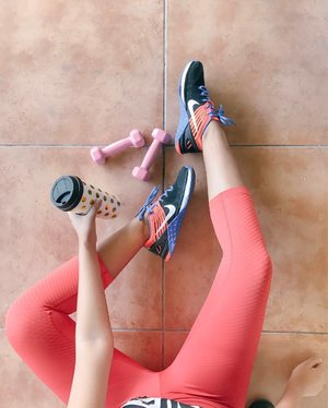 I had so much fun with my workout today. The new Nike Zonal Strength Tights are helpful in making my workout regimen as it provides enhanced support and muscle awareness in the glutes, quads and hamstring. Try now at Nike Park Fort.  #Clozette #NikeTights #WorkoutOOTD #DoYouBelieveInMore