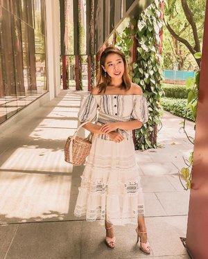 Grocery shopping 🛒 kinda Sunday. . . . . #clozette #streetstyle_singapore #weekendloves #igsg #hwootd #hwjourney #exploresibgapore #igsg #mangogirls #mango #forevernewsg #forevernew @forevernew @forevernewsg #sginfluencer #livewithstyle #sgbeauty #ootdcampaign#fashiongoals #vscofashion #sgstyle #ootdsingapore #lookbook #ootdmagazine #classyandfashionable #fashionblogger #travelblogger #heatwaveshoes #fashiongram