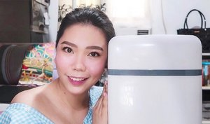 HAVE YOU SEEN my Beauty Fridge Tour video? I got a 10L fridge from @lazadaph and I'm sooo happy that I chose this over the 4L! It can fit almost ALL of my skincare products!! ♥️ - WATCH IT thru the link in my bio! Drop some LOVE by leaving a comment or two as well 😊 By the way, this shall be the start of a series of skincare videos...Hope you'll SUBSCRIBE to my channel if you are also a skincare enthusiast like ME! 😊 Yup, #skincareislife! - Oh, thank you to Ms. @genzelaces for the short chitchat about beauty fridges—she helped me finally decide to GO for it! . . . #missgblogs #missgdiaries #beautyfridge #mybeautyfridge #clozette #beauty #skincareroutine #skincare #abcommunity #lazadaph #altheaangels #beautybloggers #skinpotionsgirlgang #bloggersph #beautybloggers #reftour #fridgegoals #yt #youtube #youtuber #pinayyoutuber