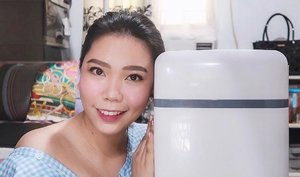 HAVE YOU SEEN my Beauty Fridge Tour video? I got a 10L fridge from @lazadaph and I'm sooo happy that I chose this over the 4L! It can fit almost ALL of my skincare products!! ♥️ - WATCH IT thru the link in my bio! Drop some LOVE by leaving a comment or two as well 😊 By the way, this shall be the start of a series of skincare videos...Hope you'll SUBSCRIBE to my channel if you are also a skincare enthusiast like ME! 😊 Yup, #skincareislife! - Oh, thank you to Ms. @genzelaces for the short chitchat about beauty fridges—she helped me finally decide to GO for it! [deleted the original post because the filter is toooo washed-out, sorry! 🙏🏻] . . . #missgblogs #missgdiaries #beautyfridge #mybeautyfridge #clozette #beauty #skincareroutine #skincare #abcommunity #lazadaph #altheaangels #beautybloggers #skinpotionsgirlgang #bloggersph #beautybloggers #reftour #fridgegoals #yt #youtube #youtuber #pinayyoutuber