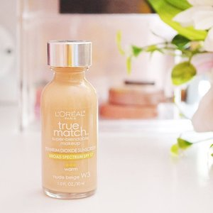 If you're looking for a lightweight foundation that also has sun protection, you may want to check out L'Oreal True Match Super Blendable Makeup! Review is now up on my blog, visit www.beautychapter.net.  @lorealparisph #clozette