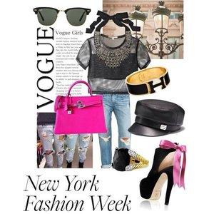 Vogue Girl New York Fashion Week A big dream but gona make it one day  #Streetsnap #newyork #fashionweek #ootd #outfit #jeans #hermes #black #pink #highprofile #taste #scratchedjeans #bangle #kellybag #vip #clozette #editorchoice #exclusive #instafashion