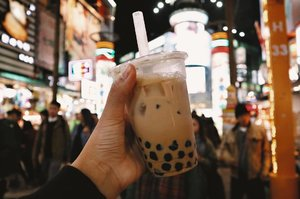 Taiwan has a lot to offer in their milk tea department.🥤❤️ I dislike black pearls but this was an exception! 😜  2 Taiwan vlogs are up on my channel already, link in bio. 🥳