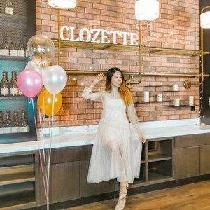 Thanks @clozetteco for the invite to Clozette Ladies Night 😍 Having a really fun time here with all the brands and sponsor ♥️ Have a beautiful hair setup that day too thanks to @ghdmalaysia @glitaf @igkhair 💁 With my partner in crime @nicoleyie 🤗 . . #ClozetteParty2019 #clozette #sharonootd #snowmansharing