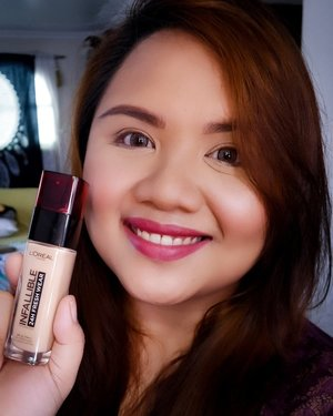 I tried the new L'oreal Infallible 24H Fresh Wear Foundation and after 10 hours of wear, my skin still felt comfortable and the foundation still looked fresh!  I personally am not a fan of full-coverage foundation so I am always on the lookout for good, lightweight but buildable foundation that won't feel too heavy or cakey. Blending was easy, and coverage was good as well - I had some spots on my chin and I have dark undereye circles and it managed to cover those. Best of all, my skin still looked like skin - no mask-like finish here!  If you like wearing foundation everyday but find that most formulas leave your skin looking cakey, dry and *gasp* old, definitely check this out! It comes in 8 shades - I used shade 140 Golden Beige and it was a really good match for me.  Priced at Php650, you can get the @lorealparismakeupshop Infallible Fresh Wear Foundation at stores or online at L'oreal's official LAZADA store. Use the code LOREALR15B to get 15% off on the 24hr Fresh Wear Foundation. Code is valid until August 21, 2019! 😉 . Check out my IGTV video of my wear test and first impressions too! It's the post before this one 😎 #LorealParisMakeUpShopPH #LorealInfallible #24hrFreshWearFoundation #LorealPH #NinaTries