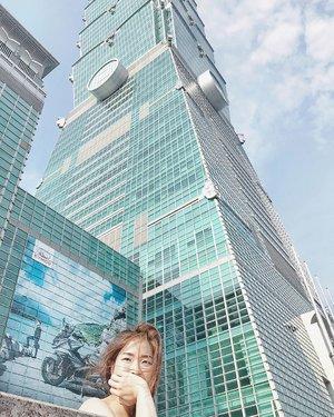 台北一O一 #clozette #bloggerbandfam #taiwan 📸 : @vincehilltan