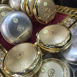 I can't get over how beautifully embossed and engraved these casings from The History of Whoo are - they're for the compact powders, bb cushions, pacts and more! Coming to Singapore in July 2015