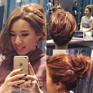 Taking a look again from various angles at my pretty hair done ytd by @chezvoushair! I almost couldn't bear to wash it out when I got home! 😍 First my hair was curled to give it lots more volume, then it was teased & backcombed for even more volume so that  I could have a big hair bun and higher crown to complete the look!💁🏼👸🏼☺️💕If you'd like to stand a chance to have a Chez Vous makeover worth $800, watch out for my next post! 😉#chezvoushair #clozette #hair