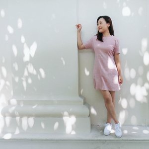 [#JuneunicornGiveaway] Love the flattering design of this #IPDA_sg Dusty Pink Self-Tie Dress. It's an #IPDA_Exclusive, made in Korea and of breathable #Linen material that is perfect to be worn in Singapore to help you counter our hot weather. For more #KoreanFashion pieces, check out their website and enjoy a 10% OFF discount with promo code  too! I also have 2x $30 IPDA e-Vouchers so that two lucky ladies will be sponsored to shop with them! 🙂  How to #WINsg? 1) Follow @IPDA.sg & @Juneunicorn on Instagram. 2) Like this post. 3) Mention 3 friends in the Comment section. One friend per comment. 4) *Extra Chance* Go to my Juneunicorn - Caren Foo Facebook page for another chance to #sgWIN. One winner will be chosen from Instagram and one winner will be chosen from Facebook.  #ContestSG ends this Saturday, 10 Aug 2019, 2359pm. *This #GiveawaySG is only for participants residing in #Singapore. Other Terms & Conditions apply.  #Clozette #Fashion #OOTD #KFashion