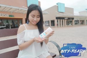 Not afraid to go out and about on my day off because I have @vaselineph lotion to protect me from the harmful sun rays and pollution. It has SPF 24 and Pollution Protection Formula so I can be worry-free wherever I am! ❤️ Be city-ready with Vaseline. 😊 #IAmCityReady