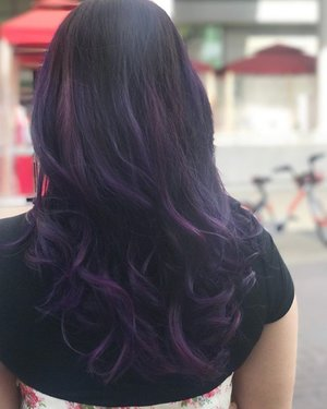 50 Shades of purple on my hair. After trying so many colors on my hair, I find that purple suits me best. Thanks to @eleinchong from #artistryhairsg for creating the best mix of purple shades for me! 😍 #purplehair #colorhair #dyedhair #beauty #clozette