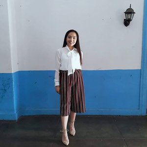Outfit for my thesis defense yesterday. 💖💖💖 #gradwaiting #thesisdefended #clozette