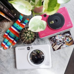 Say hello to Canon's first instant camera printer, the iNSPiC! It's handy, pocket-sized and comes in chic colours. There are two variants available: iNSPiC [C] which is a no-frills, budget-friendly option, and the iNSPiC [S] that comes with a ring light and more features to play with. Watch our Instagram Stories to know more about this hot release. #Clozette