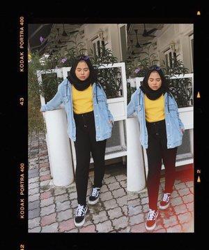 Down to my last week in uni lesgo 😌 . . . #styleoftheday #fashionbloggers #ootd #fashionblogger #fashiondiaries #fashionaddict #stylediaries #whatiwore #hidayahwears #fashionkilla #fashionistas #ootdfashion #fashiongram #instashoot #vans #vansoldskool #hypebeast #sneakerhead #hypebae #sneakers #overlookmy #hypemuslim #modestymovement #modestroute #clozette #streetwear