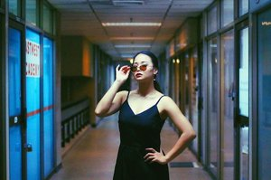 I need a caption .  Photography and MakeUp by: @_darylxtan_ @darylgallery .  #captionthis #retro #potd #clozette #tgif