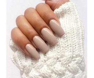 Nude nails are the best