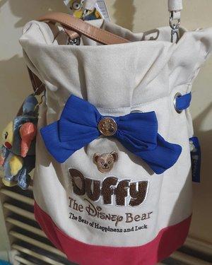 Found my bag in the abyss. Got it during my trip to Disneysea 3 years ago. I think it cost me 6000¥. #duffy #clozette #clozettecosg #clozettedaily #disneysea #tokyodisneysea #tokyodisney #duffyandfriends #duffybear