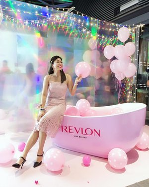 I can! So I did! 💕 . Live boldly and happily, nothing can dim your charm. @revlon brings out every women's best self and shine with confident with their latest PhotoReady Candid Collection 💕 . 💥 Natural Finish Anti-Pollution Foundation ~ naturally flawless finish, moist and breathable all day. Best for those looking for nude look and available in 6 shades. . 💥 RoseGlow Hydrating & Illuminating Primer is a water-based primer with hydrating oil beads, botanical extracts and pearlescent quartz. The texture is ultra light and fast absorb on the skin. It provides rosy pearly, luminous glow and hydration. . 💥 Antioxidant Concealer ultra-blendable and buildable formula delivers a natural camouflage of under-eye bags, dark circles and imperfections. It comes with oval doe-foot applicator that mimic the shape of a fingertip-perfect for applying to the on delicate under-eye areas. . 💥 Anti-Pollution Setting Powder is lightweight and translucent to set skin, blur imperfections and reduce shine. .  Dress from @dearmomiji . . @RevlonMY #RevlonMY #IcanSoIdid #Revlon #womenempowerment #wiw #clozette #instastyle #instabeauty #kellyootd #kellybeauty