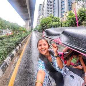 💙 Have U tried Bangkok Tuktuk Ride? Hows ur experience? 😍 I've been to bangkok thailand so many times before and still missing it especially the food! . . SLIDE LEFT to see photos/videos of my teeth whitening experience at @nationalmed Here in Dubai! Painless and very quick session with Dr. Seema! Get yours Done here now! 😍 Blog will be up soon! . . 📌You can watch all my Bangkok Thailand Travel Vlogs on my youtube channel Link on my Bio click here 👉🏽 @tauyanm or search > jane fashion travels < on youtube . . 📍Bangkok Thailand 📌Also, New Blog and Video is up guys! Click the Link on my Bio here: @tauyanm 📌Don't forget to watch my instagram Highlights too! 😉 . . 💞will LIKE/COMMENT/FOLLOW back guys💞 no follow/unfollow game pls. #dametraveler #girlsvsglobe #thetravelwomen #girlsjustwannatravel #girlsborntotravel #ladiesgoneglobal #sheisnotlost #shetravels #travelgirldiary #femmetravel #darlingescapes #wearetravelgirls #girlslovetravel #goprohero6 #girlsthatwander #goprogirls #passionpassport #clozette #tuktuk #bangkokthailand #discoverunder10k #janefashiontravels #wearetravelgirls #girlswhotravel #womentravel #girlswhowander #whenwithfilipinos #igersdubai #travelcommunity