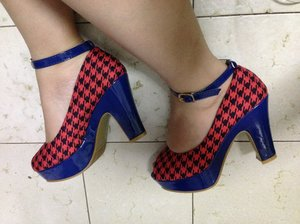 GSS sales : Bought this new heels from Footin, size 3.