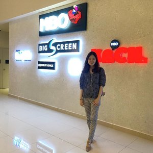 Another movie place in JB Finally! @mbocinemas is here at #aeonbandardatoonn! The cinema at #aeonkempas features family-friendly KECIL, the mega-sized BIG SCREEN and the revolutionary MX4D! Check it out! . . . . . . . . . . , . . #blogger #instadaily #kinfolk #kinfolkmag #ig_malaysia #asianbabe #asiangirls #clozette #bestportrait #stylebystyle #stylediary #jbmedia #jbblogger