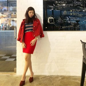 The red hues. Doing the best at this moment puts you in the best place for the next moment. . . . . . . . . . . . #instadaily #instafashion #ootd #sherootd  #fashionmodel #fashionblogger #fashionstyle #fashiondiaries #fashiongram #fashionshot #stylediaries #clozette #asian #asiangirls #asianbabe #asianchick #asianfashion #ig_malaysia #igsg #malaysianmodel #ootdmagazine #ootdsubmit #outfitpost #outfitinspiration #everydaystyle #fashionigers #wearitloveit #aboutalook #whowhatwear #wlyg